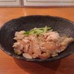 蒲田西口 肉寿司 - 鶏わさ(ブレブレ)