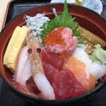 もみじや - 海鮮丼1,100円税込