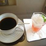 ホテル椿山荘東京 ペストリー&チーズショップ - ライチとピンクグレープフルーツのジュレ
