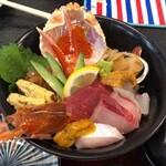 海陽亭 - 連れの海鮮丼 1,650円