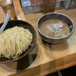 銀座 朧月 - 濃厚つけ麺 850円