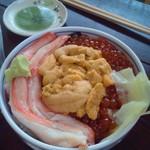 14510349 - 三色丼