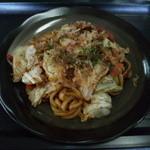 伊勢路 - 料理写真:亀山みそ焼きうどん ¥500