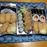 おつな寿司 - 左からのり巻きいなり折(税込み995円)、押し穴子かっぱ折(1250円)、のり太巻きいなり折(1075円)
