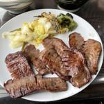 牛たんの店一休 - 料理写真:牛タン