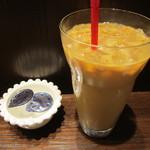 ナガハマコーヒー - セットにしたアイスカフェラテ
