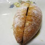 つみ木のパン屋さん - めんたいフランスぱん 小150円