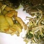 ステーキハウス キャピタル - 鉄板焼ポテト & 野菜