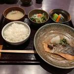 145115027 - 日替わり 焼魚ランチ¥800。
