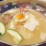 韓館 - 韓国冷麺