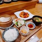 宗政 - 彩り野菜の酢鶏セット 1000円