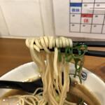 麺や 拓 - 麺 リフトアップ