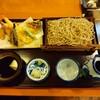 信州安曇野手打蕎麦 たか瀬 - 料理写真:天ぷらせいろ(1,650円)、十割変更(350円)