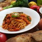 クローバーカフェ&ベーカリー - 料理写真:ナポリタン