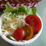 八森イソラ - サラダ