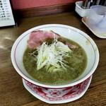 中華そば 壇 - コク煮干し、スープはグレイ、叉焼美しい