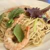レストラン ヴォン - 料理写真:天使の海老と木の子の アンチョビガーリック風味¥1430