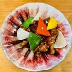チャイニーズフードエイト - 酢豚(ハーフサイズ)