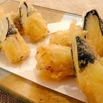 ●黄ニラ天ぷら(岡山産)