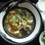 香港海鮮飲茶樓 - 五目湯麺、胡瓜の搾菜、デザート