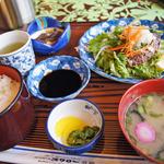 スワロー - 料理写真:和風ハンバーグ定食 ¥800