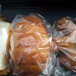 パンドコウ - 料理写真:厚焼き玉子サンド、塩バタパン、ライ麦ウィンナー。