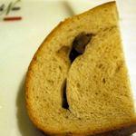 ラ カーサ ディ ナオ - 最初のクルミパンは、クルミが入っていなかったので、すぐにクルミの入っているところをお替り♪