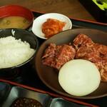 焼肉 はなび - 料理写真:ハラミランチ