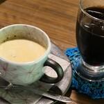 山の飯 沙羅 - 食後のコーヒー。黒川温泉の入湯手形でサービスして頂きました。