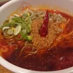 香家 - 鬼 担々麺(ハーフ)。