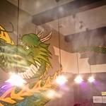 丸麺屋本舗 - 大きなドラゴンが描かれています(カメラが悪くてゴメンナサイ、、)