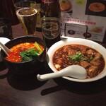 想吃担担面 - ゴマが濃厚な汁あり坦々麺と、痺れと辛さが程よく四川風麻婆豆腐で好みの味だった。税込2000円を超えてたが、税込1500円くらいだと嬉しい。