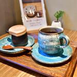 うさぎや CAFE - 珈琲(オリジナル焙煎)@450円:うさ志る古とセットで、350円もお得。
