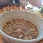 魚介醤油ラーメン 和屋 - つけ麺のお汁