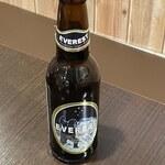 エベレスト セルフ キッチン - ネパールビールEVEREST BEER