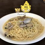 パスタ・ピアチェーレ   - 料理写真:ボンゴレ(赤唐辛子入り) 大 902円(税込)