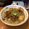 麺者屋 ちくわ - 料理写真:豚バラ入りルーロー麺