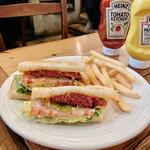 145244453 - コンビーフのサンドイッチ