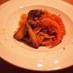 原宿バール - 手打ちパスタ~フレッシュサマーポルチーニとエビのトマトソース。お好みのソースでご用意します。