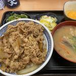 吉野家 - ねぎ玉牛丼大盛 豚汁おしんこセット