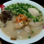 ラーメン凪 豚王 - 切りたてチャーシュー麺(1000円)+味玉