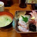 宵 - 料理写真:海鮮丼(2020.12)