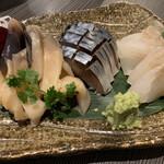 SUSHI BAR THE ƎND -縁戸- - お刺身盛り合わせ、活ホッキ、しめ鯖、ヒラメ
