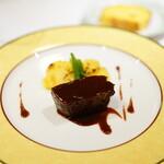 145299175 - ポティロンBコース (¥4,000) オードブル盛り合わせ 牛フィレ肉ステーキガーリックソース