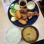 Kakigodan - コンビ(牡蠣フライ&唐揚げ)定食@840円