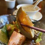 Chuugokusenkashanrin - 燻製卵、美味しいですね