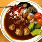 14531125 - 牛すじ煮込み「野菜ゴロゴロカレー」