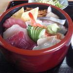 きん寿司 - ちらし寿司。