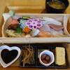 海鮮工房 なみ平 - 料理写真:海鮮ちらし寿司(1320円)
