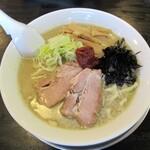 煮干中華 あさり - 辛味そば750円